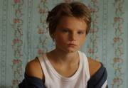 tomboy-ecole-petition-empecher-diffusion-180-124