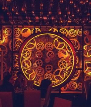 enigma-cafe-steampunk-design