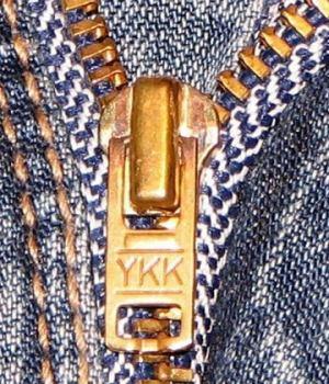 zip-jean-ykk