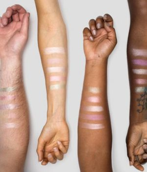lush-highlighters-solides-glow-stick