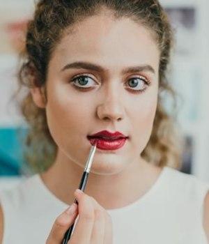 maquillage-bouche-reveillon-fetes