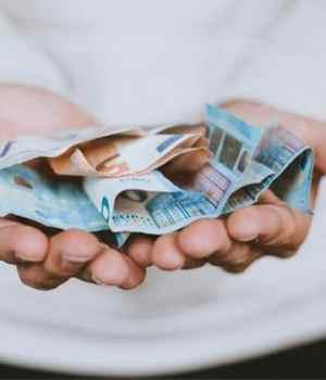 depenser-l-argent-de-ses-parents