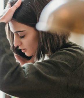 Femme – téléphone – appel – phobie
