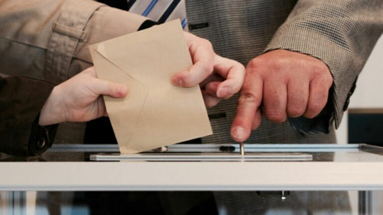 «municipales-vote-coronavirus»