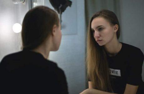 faire-la-grande-temoignage-adolescence-hypersexualisation-violences-sexuelles