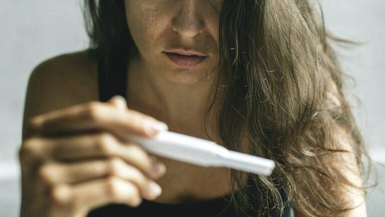 «tests-grossesse-digitaux-fiabilite»