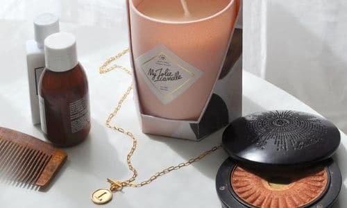 Une bougie avec bijoux My Jolie Candle, l'idée cadeau cool à offrir pour Noël