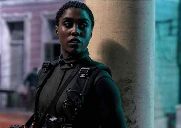 007-Zorro-incarnes-par-des-femmes-ok-selon-sondage-francais