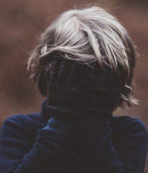 enfant-triste-cache