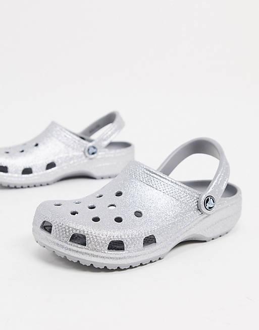 Crocs argentées pailletées
