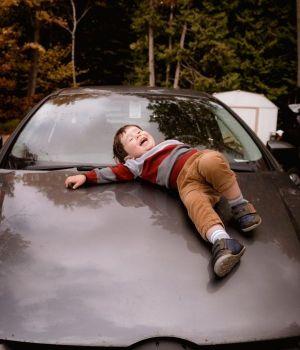 enfant-voiture-600