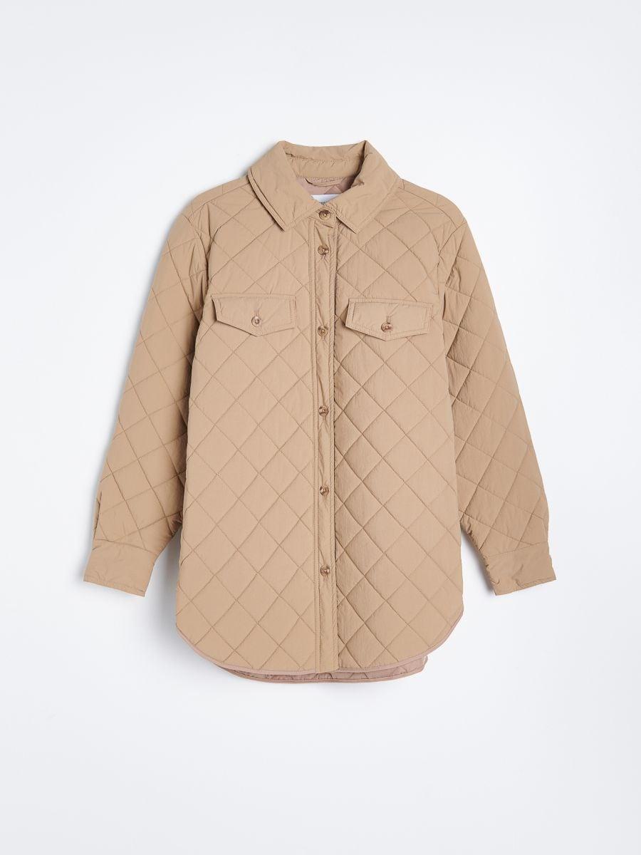 Cette veste matelassée The Frankie Shop est partout sur Instagram. Pourquoi un tel succès ?