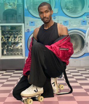Anthony Vincent pour la vidéo Street Style de Madmoizelle