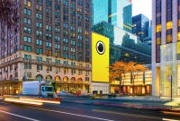 Spectacles : Snapchat installe une boutique géante en face de l'Apple Store de New...