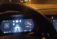 Accident en Model X : il tente de reconstituer le crash en se filmant...