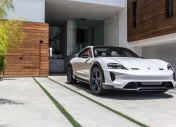 C'est officiel : le SUV Mission E Cross Turismo de Porsche sera commercialisé