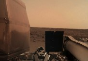 La sonde InSight a déjà capturé 2 photos saisissantes de Mars