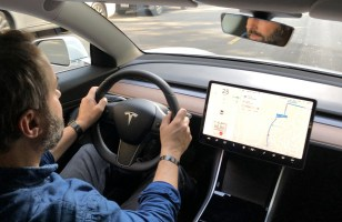 Accident fatal en Tesla Model 3 sur Autopilote : qui est responsable ?