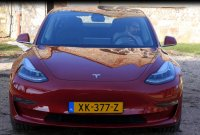 Tesla Model 3 : la version à 35 000 dollars est enfin disponible